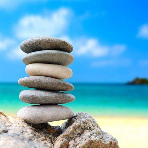 stenen-strand-zand